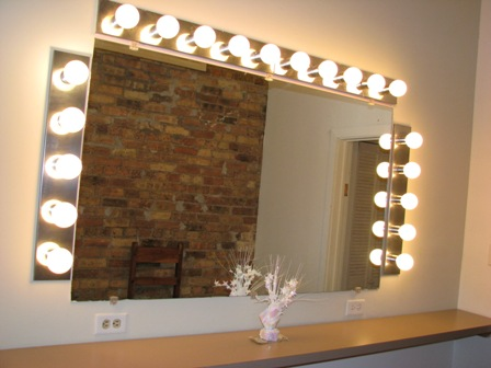 lights to put around dresser mirror yahoo answers. Black Bedroom Furniture Sets. Home Design Ideas